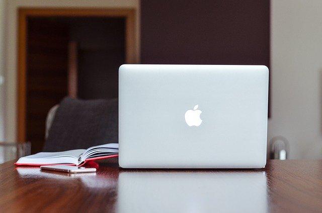 プログラミング独学はMacとWindowsどちらが良いか?【Mac推奨】