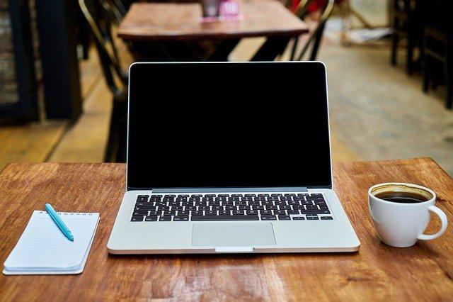 プログラミングの勉強は紙のノートよりもPCを使うべき