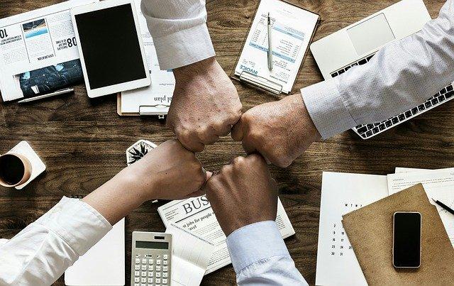 なぜDMM WEBCAMPは高い就職率&低い離職率を達成できるのか?
