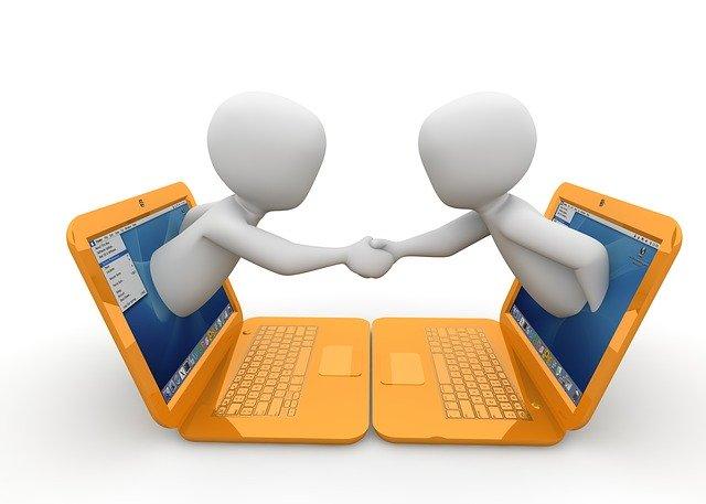 結局、プログラミングスクールはオンラインとオフラインどっちを受講すべき?