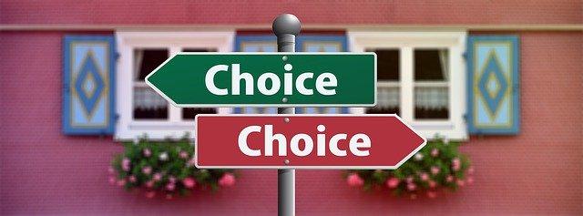Webアプリケーションコースとフロントエンドコースどちらを受けるべき?