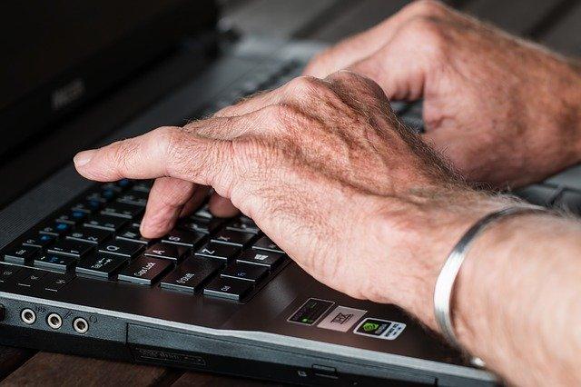 プログラミングを学ぶのに年齢制限はない